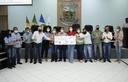 Câmara Municipal de Vereadores faz devoluções para construção da cobertura da Quadra de Esportes da Escola Alegria do Saber, e cobertura do PSF do Assentamento Pingos D'água.