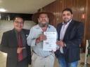 Vereador Jean do Coutinho e engenheiro ambiental Rodrigo Gomes reivindicam melhorias ao município de Querencia.