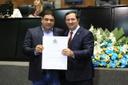 Vereador Jean do Coutinho recebe título de Cidadão Mato-grossense da Assembleia Legislativa.